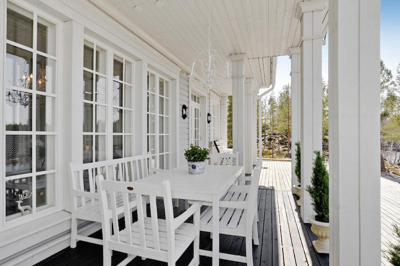 sea-house-white-terrace