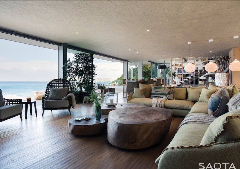 beachyhead-luxury-nature-living-room-view