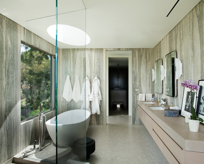 contemporary-home-beverly-hills-bathroom2