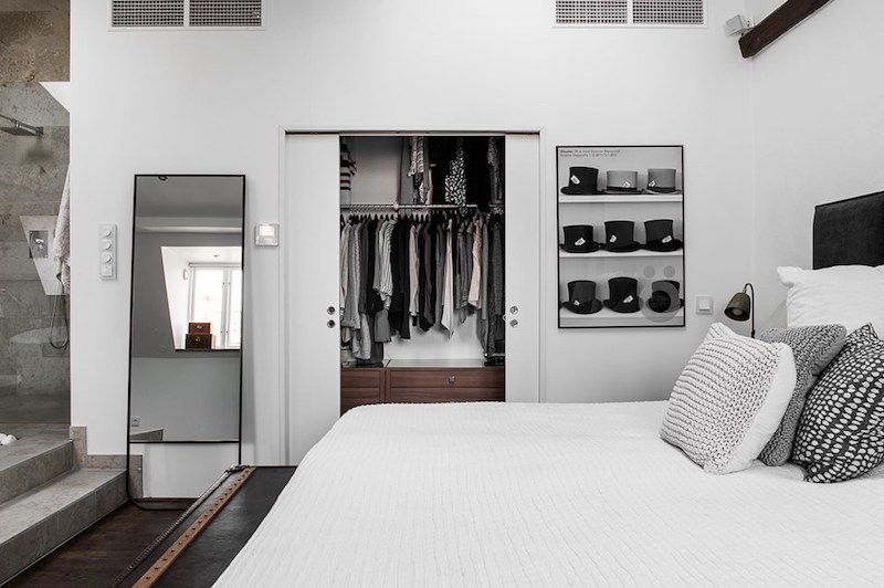 penthouse-interiors-master-bedroom-clothes
