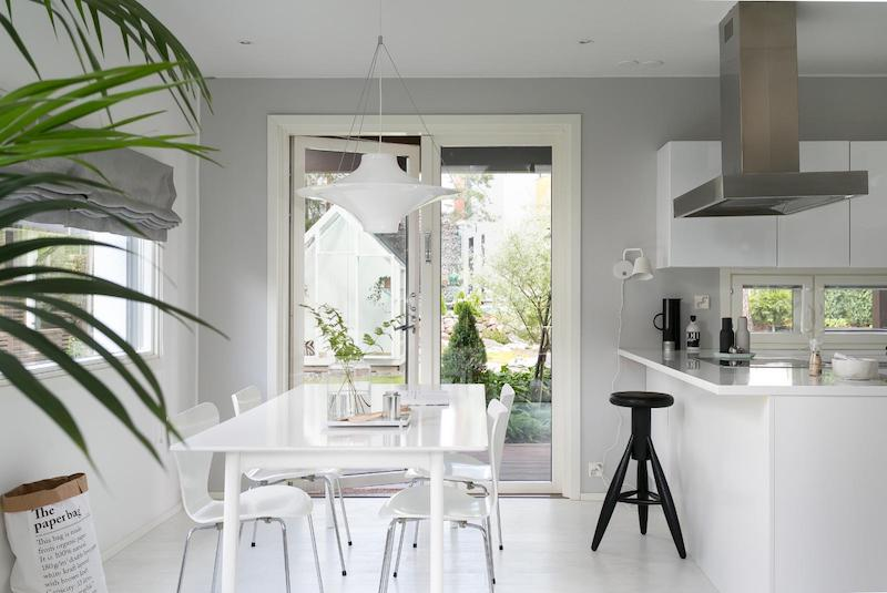 black-white-interior-scandinavian-dining-area