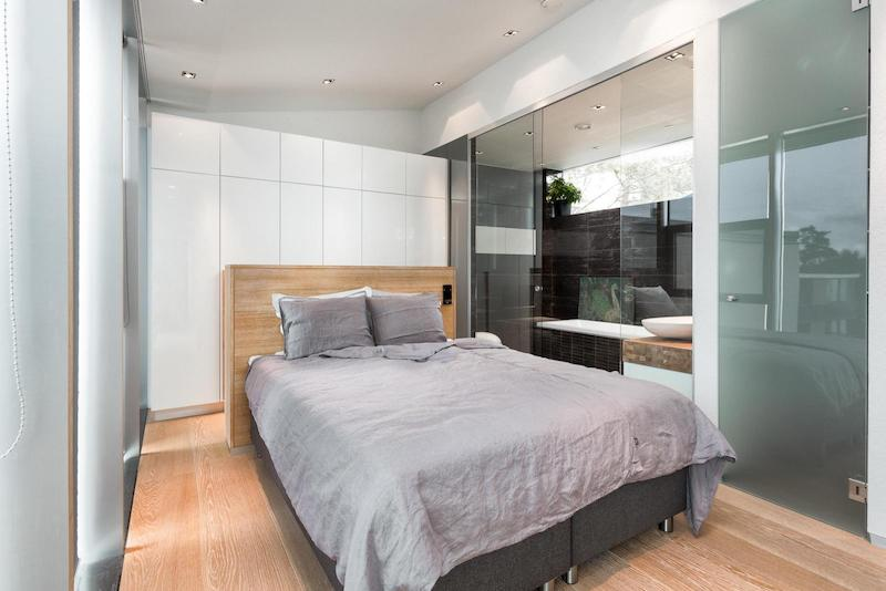 contemporary-house-architecture-master-bedroom