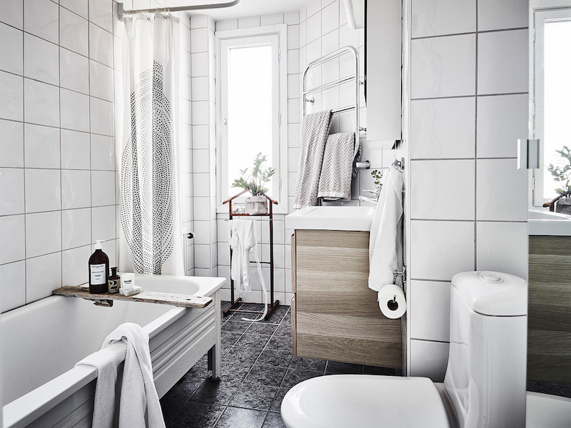 home-decor-in-scandinavia-bathroom
