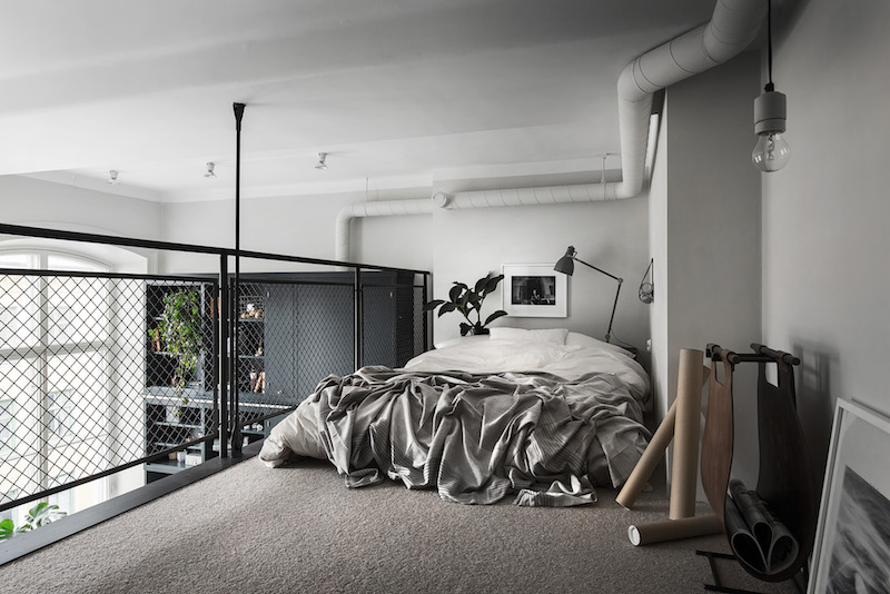 small-apartment-black-white-loft-bedroom