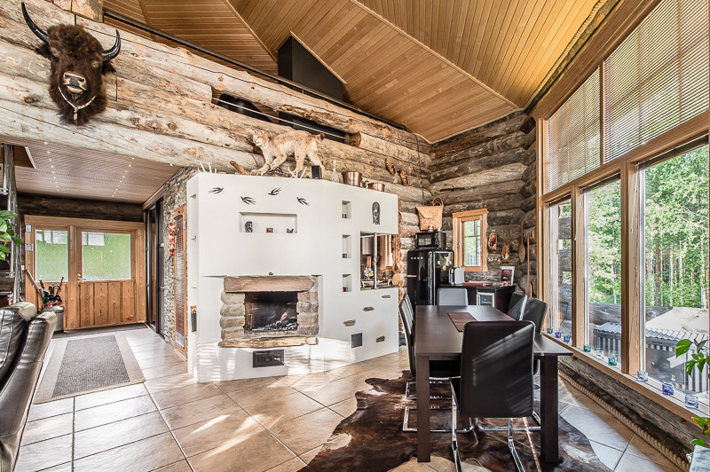 Luxury log cabin in finland for Luxury log home interiors