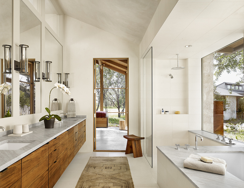 Prime Spicewood Ranch Main Bathroom Hall Of Homes Download Free Architecture Designs Scobabritishbridgeorg