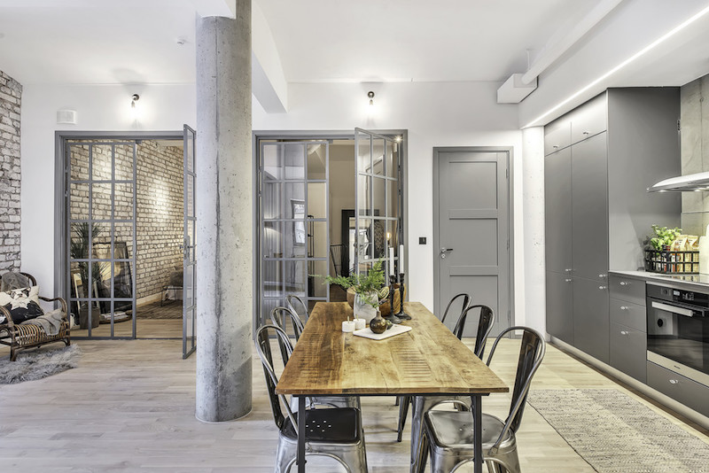 City apartment with an industrial interior design for Interior design inspiration industrial