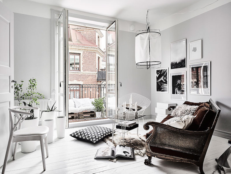 Edgy contrast for white home decor style for Decoration ethnique