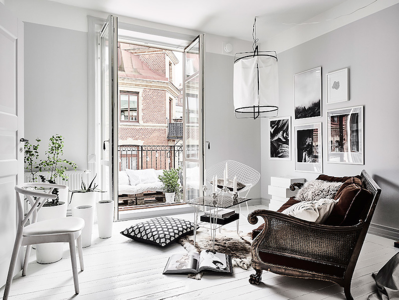 Edgy contrast for white home decor style - Appartement moderne de ville decor design ...