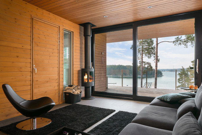 Finnish house and interior design connects with the surrounding nature